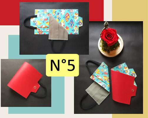 5-Porte-masque en Rouge et éventail multicolore